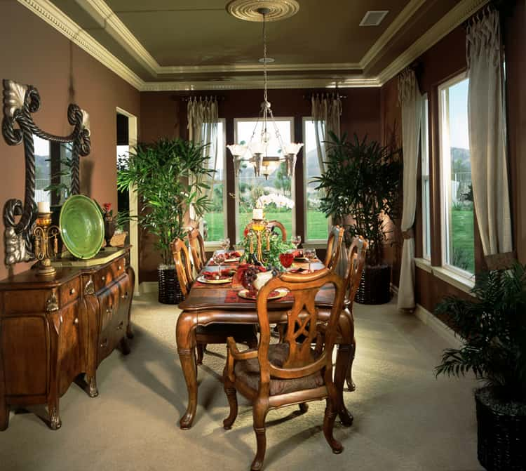 dining room luxurious 18 136124861