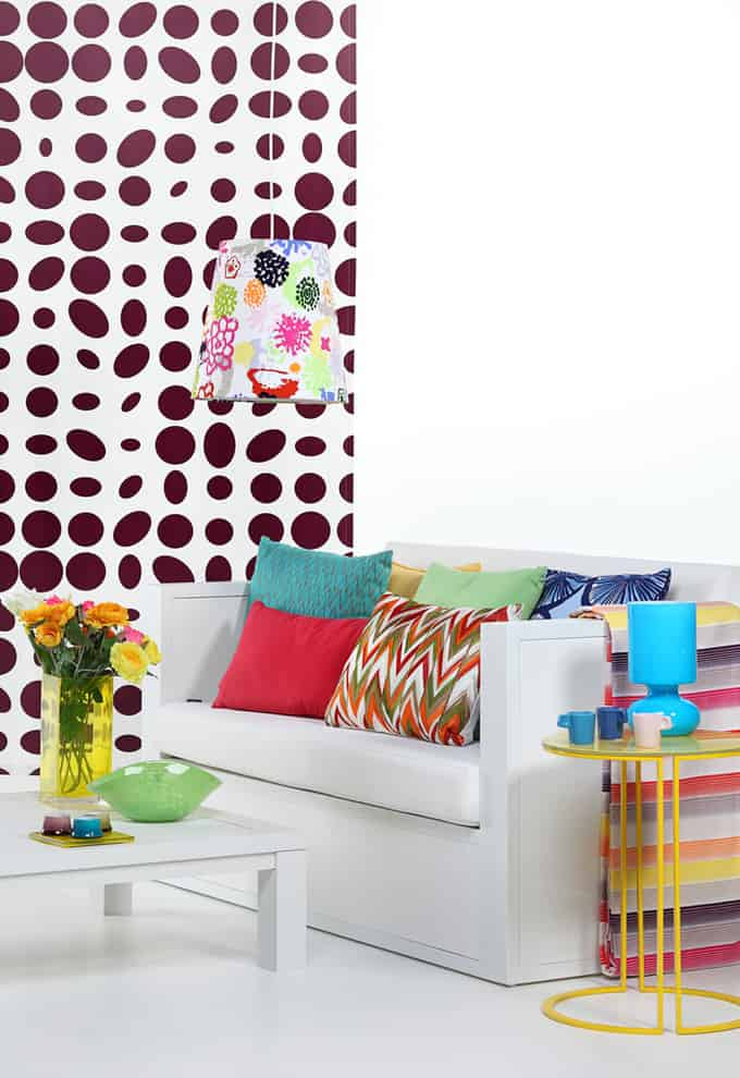 living room colorful 32 166695188