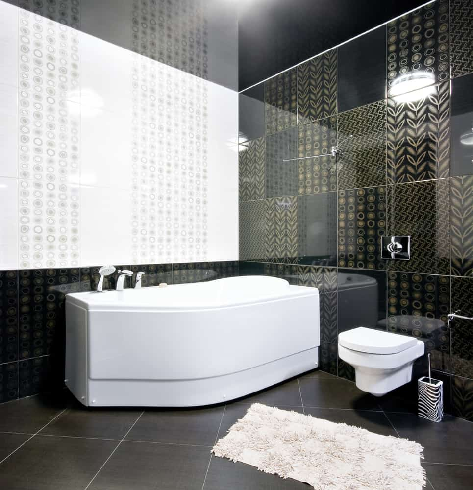 Black and White Bathrooms 123