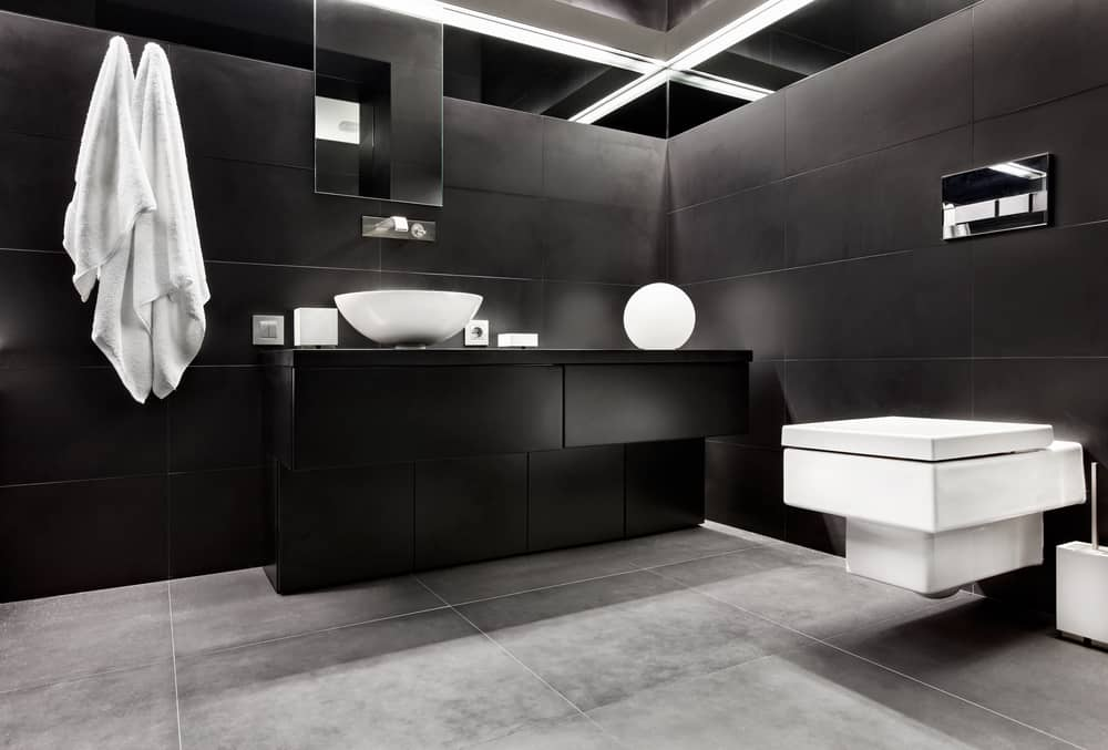 Black and White Bathrooms 129