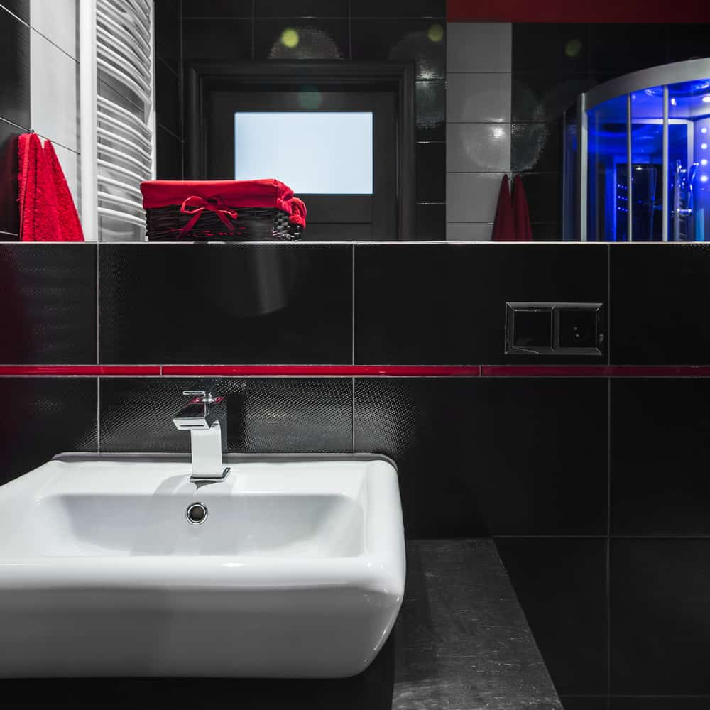 Black and White Bathrooms 119