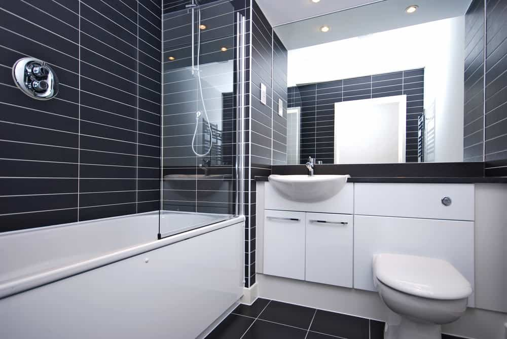 Black and White Bathrooms 120