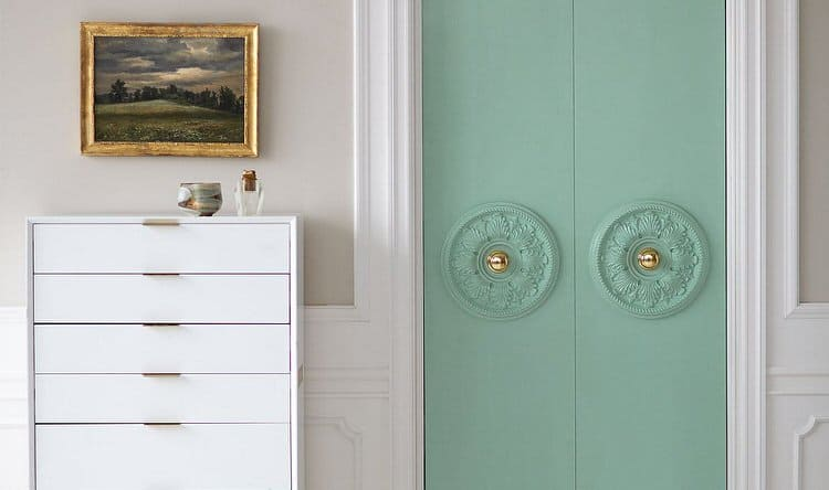 You can even liven up closet doors with extra features and color. Change your doors and features to match designs or add some extra drama and appeal.