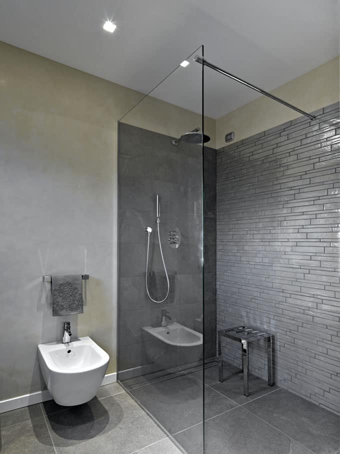 Bathrooms With Frameless Shower Doors 47