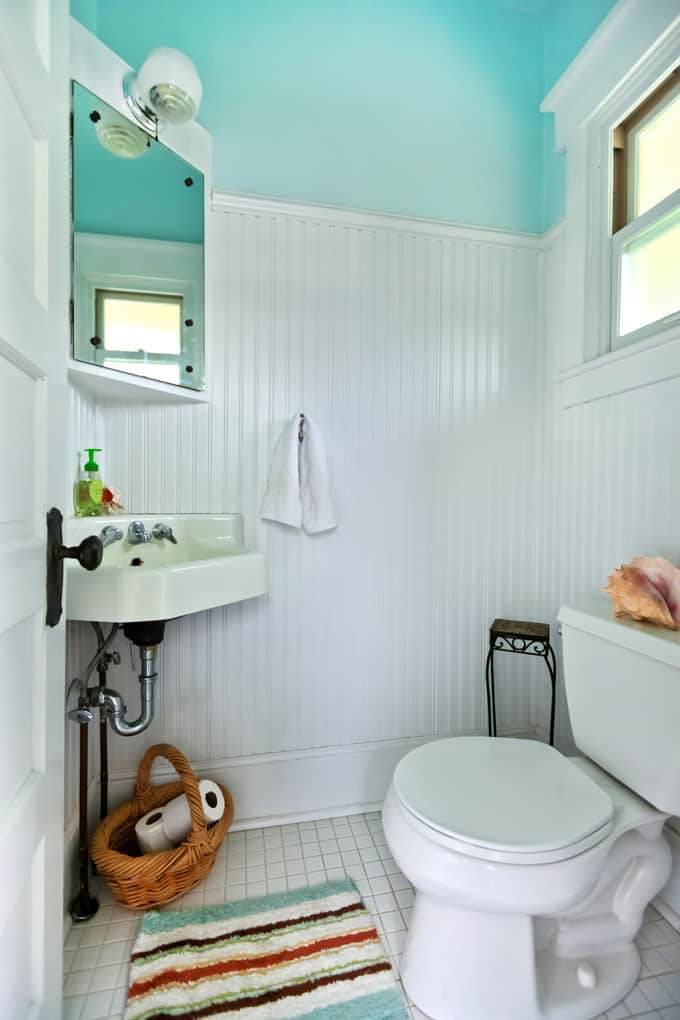 Half Bathroom Ideas 73