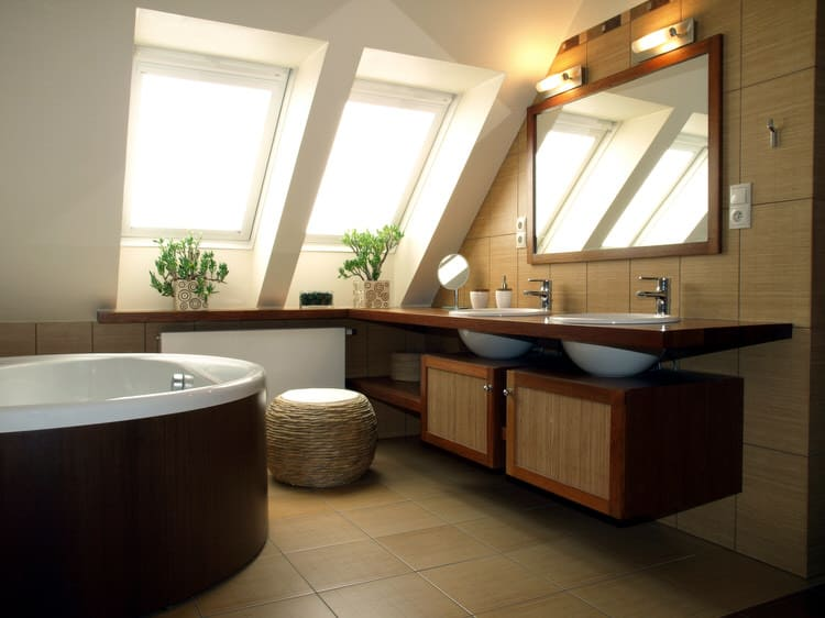 Modern Luxurious Master Bathrooms 194