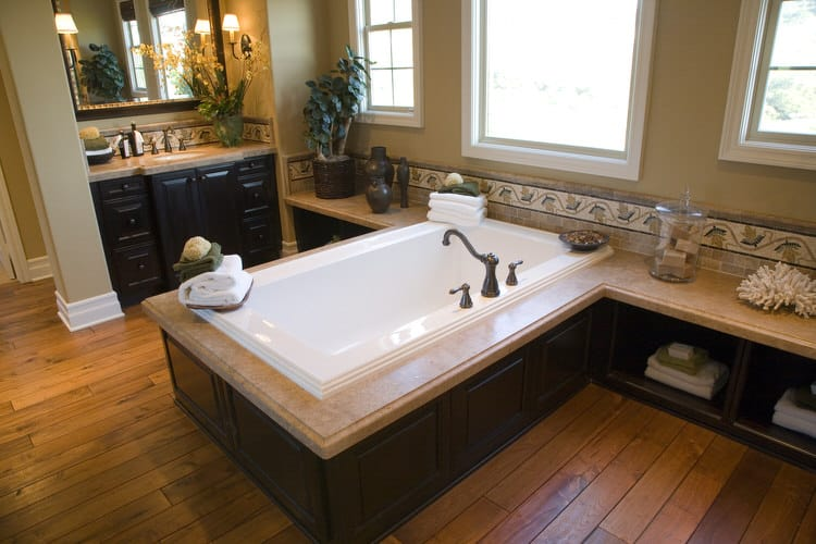 Modern Luxurious Master Bathrooms 212