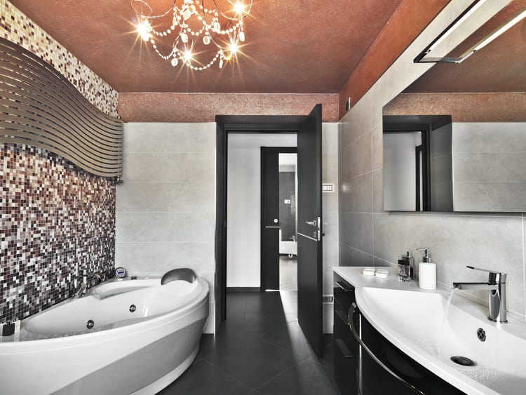 Modern Luxurious Master Bathrooms 215