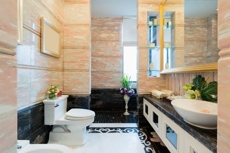 Modern Luxurious Master Bathrooms 222