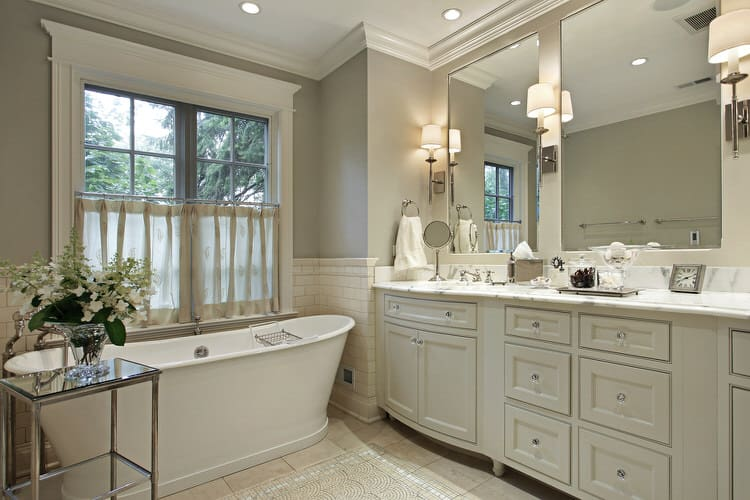 Modern Luxurious Master Bathrooms 223