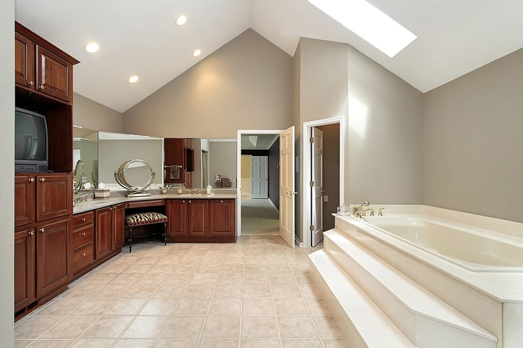Modern Master Bathrooms 159