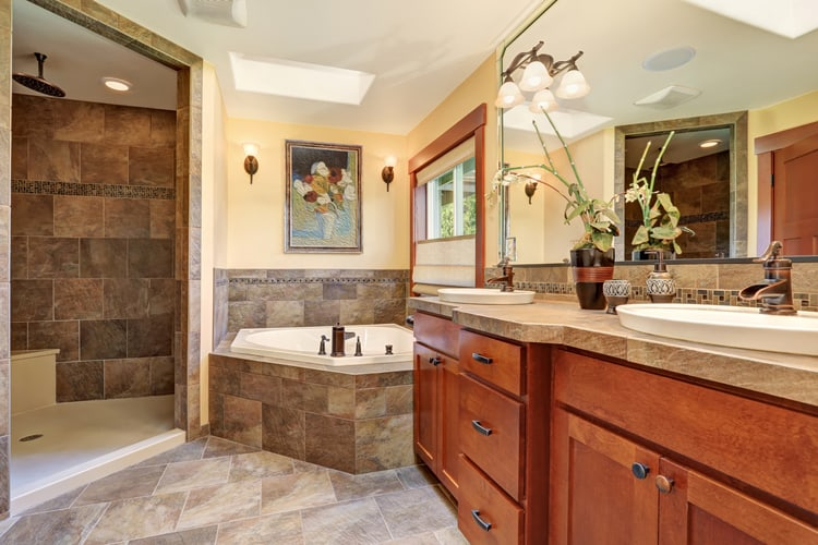 Modern Master Bathrooms 176