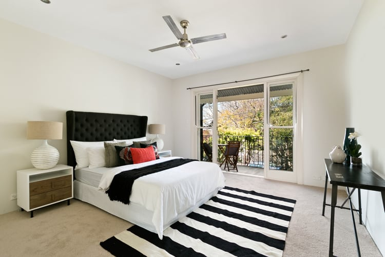 38 Black and White Bedrooms 180