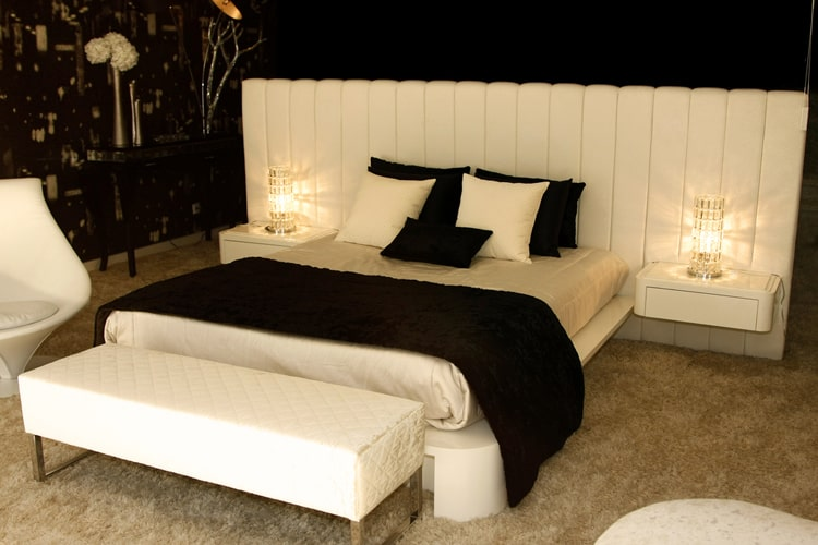 38 Black and White Bedrooms 202