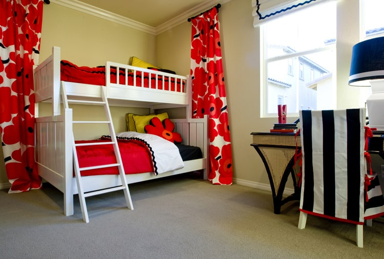 20 Red Bedrooms 20