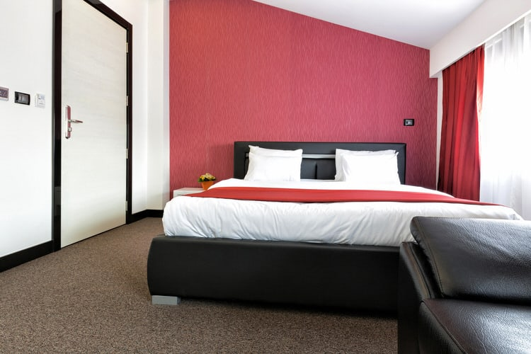 41 Fantastic Red and Black Bedrooms 90