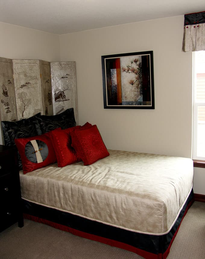41 Fantastic Red and Black Bedrooms 94