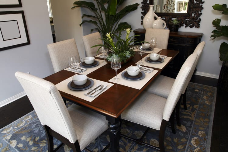 Modern Dining Room Decorating Ideas 15