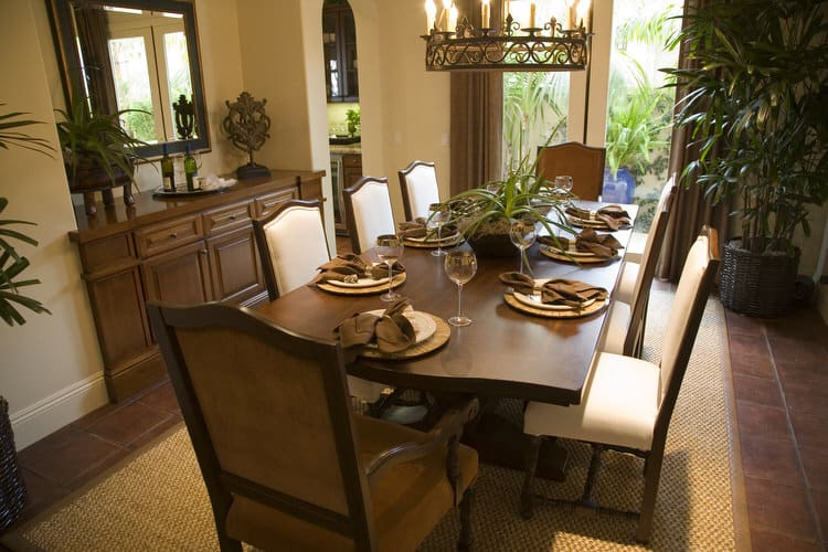 Modern Dining Room Decorating Ideas 25
