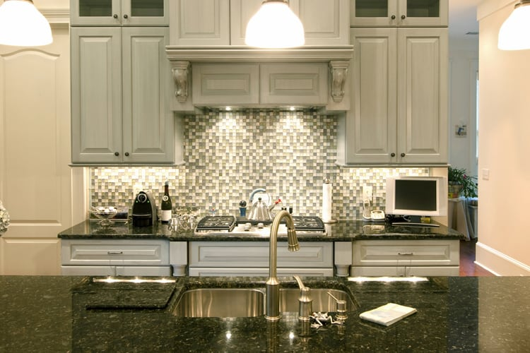 Kitchen Backsplash Design Ideas 14