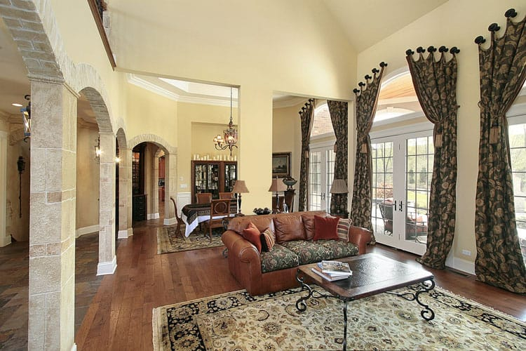 30 Living Rooms With Hardwood Floors 111