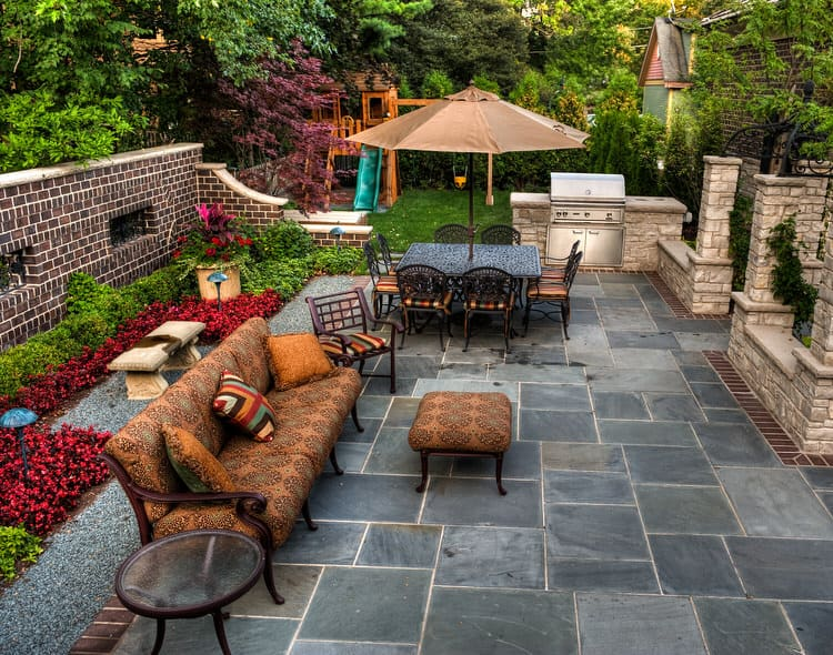 Small Outdoor Patio Ideas 3