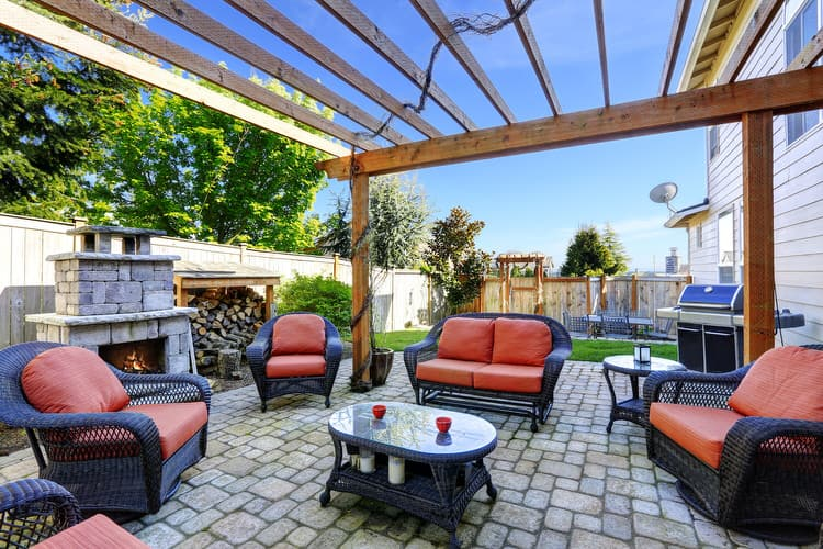 Small Outdoor Patio Ideas 7