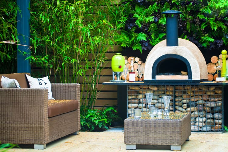 Small Outdoor Patio Ideas 16