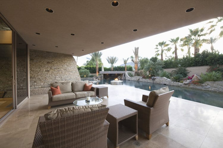 Small Outdoor Patio Ideas 19