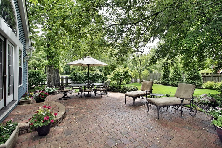 Small Outdoor Patio Ideas 27