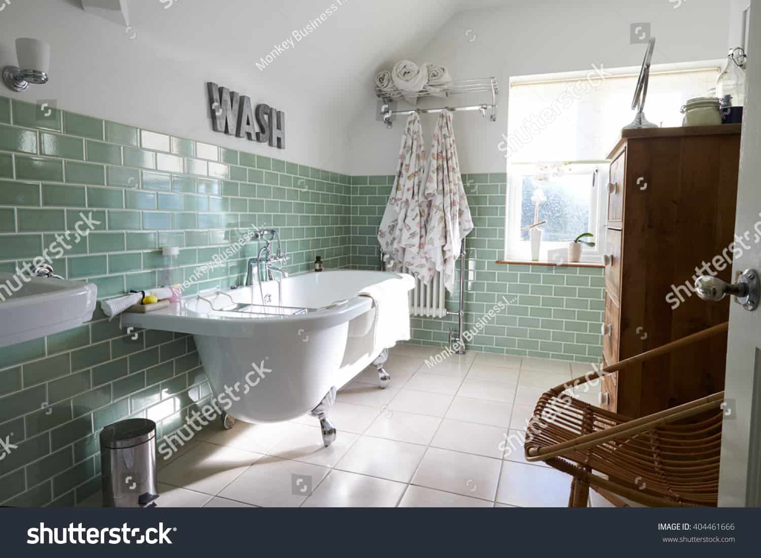 Traditional Bathrooms 137